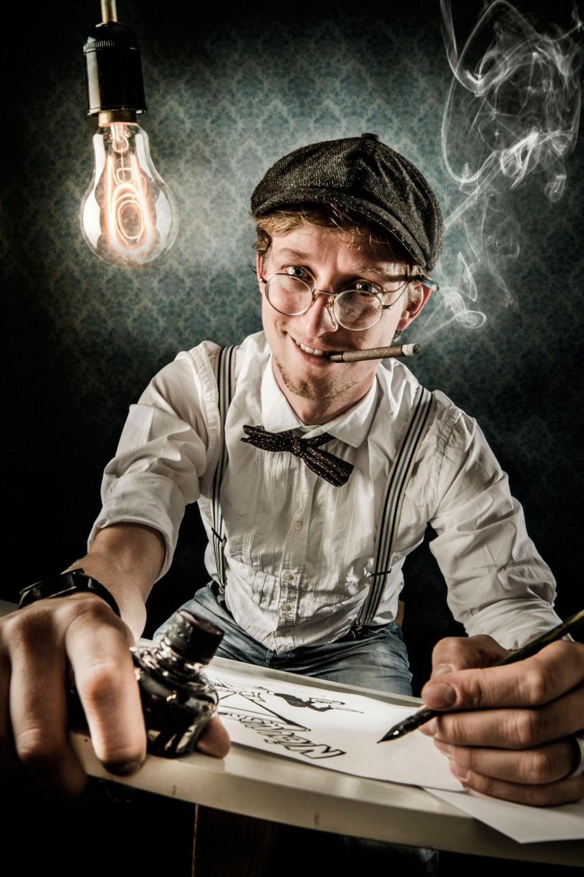 Remco Schoppert tekentafel met lamp