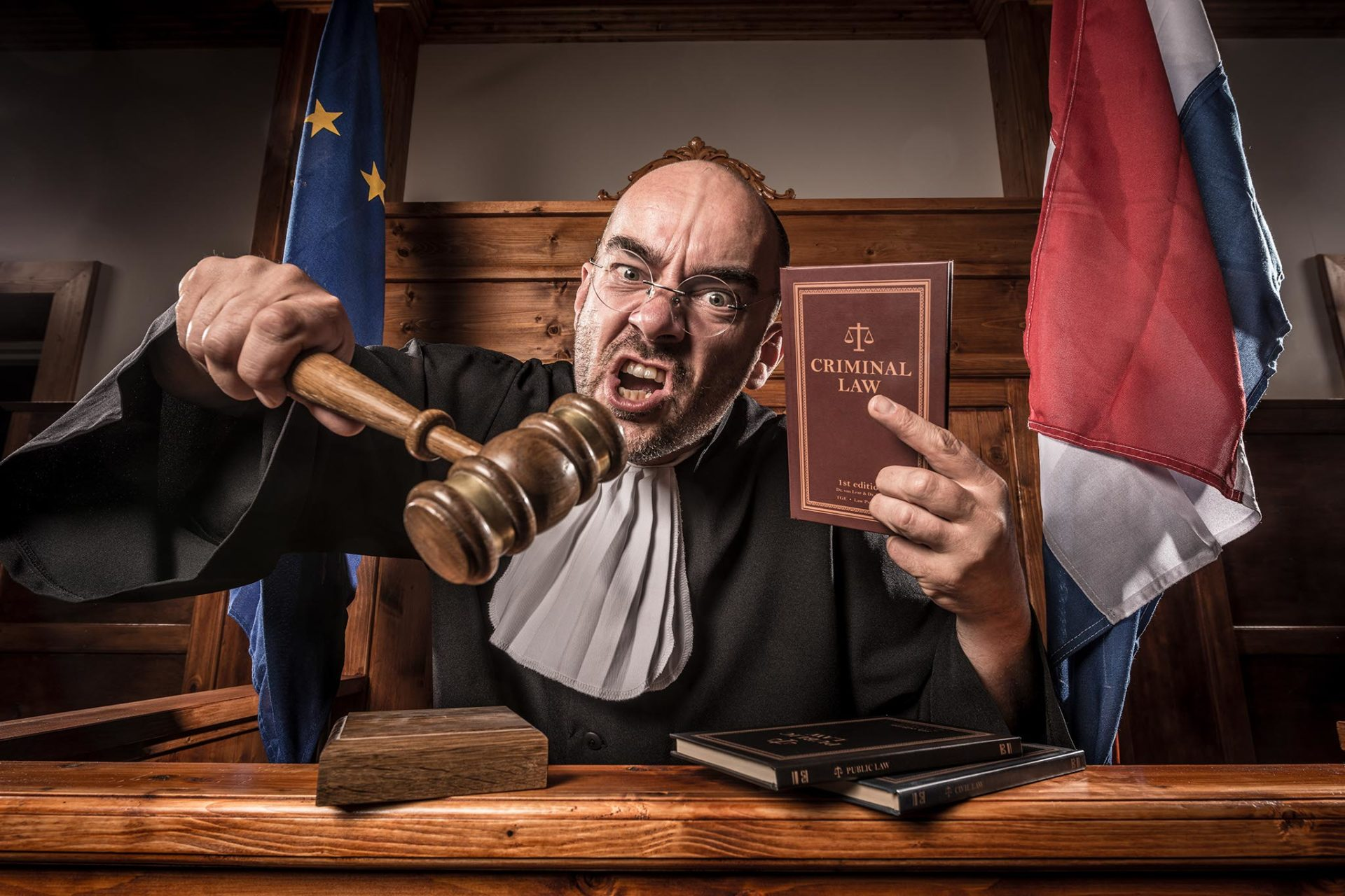 The_Great_Escape-The Courtroom-Rechter4B