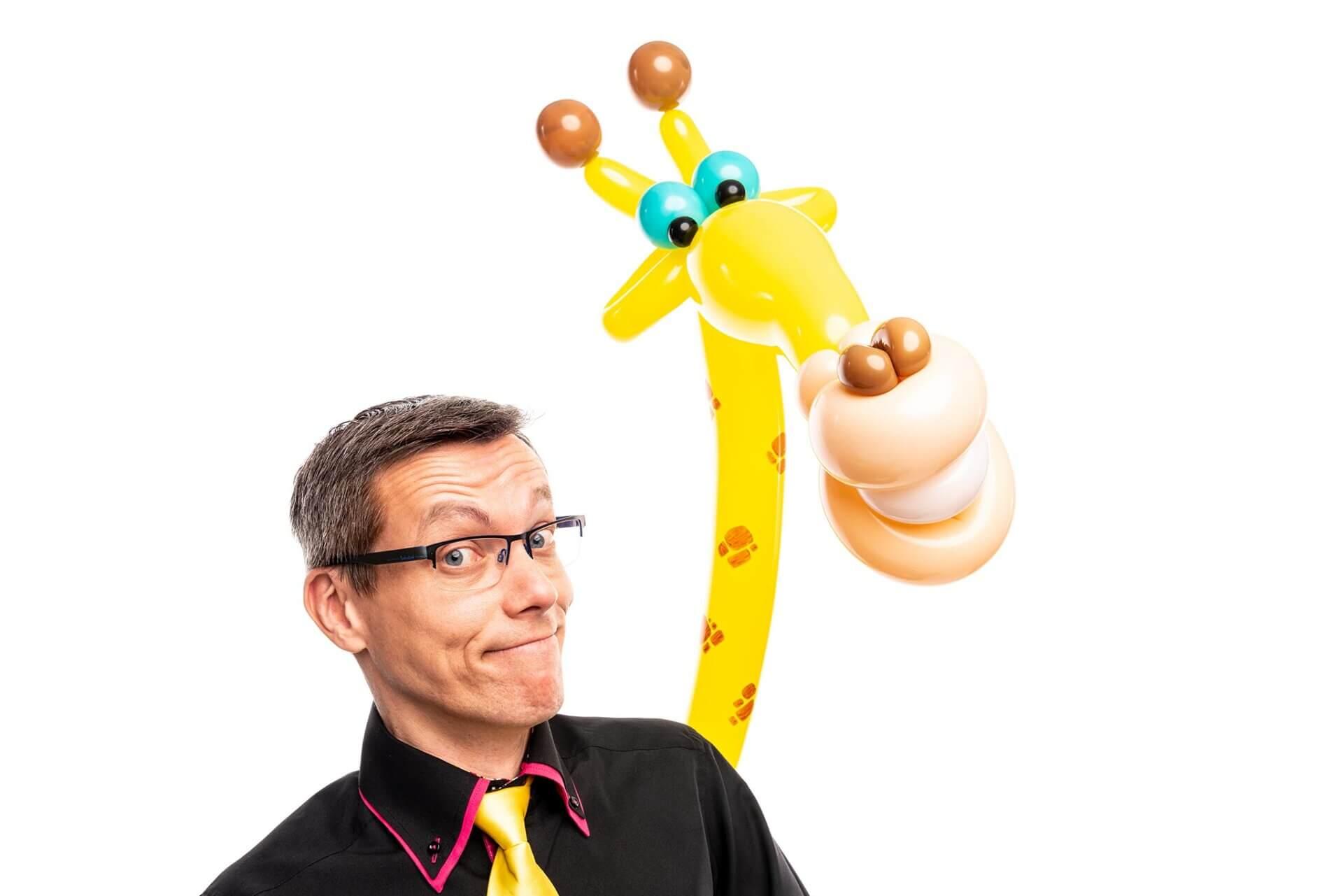 Patrick_van_de_Ven_Ballonkunstenaar_giraf